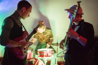 Nat Harvie Trio / Blush